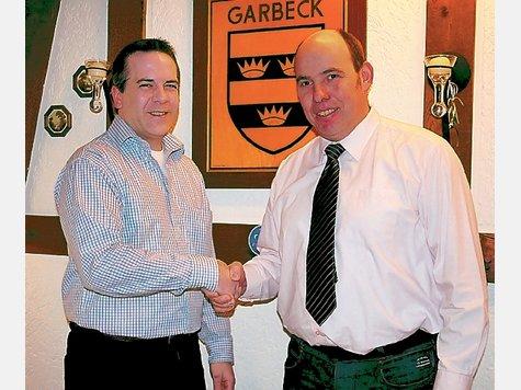 Neuer und alter Vorsitzender: Reiner Priggel (links) übernimmt das Amt von Christoph Haarmann. ▪