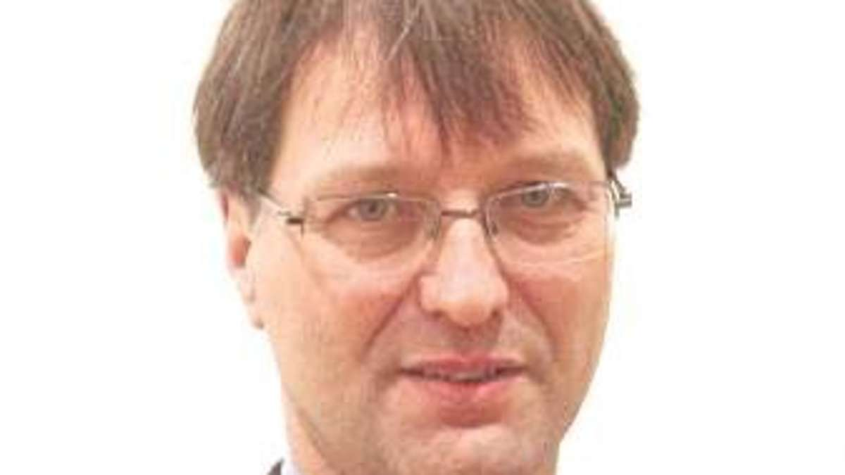 Dr. <b>Dietmar Simon</b> referiert über den Beginn des ersten Weltkrieges in <b>...</b> - 1651412620-16c18e9b-9d3e-45ce-b86c-b030132b2a87-2fef