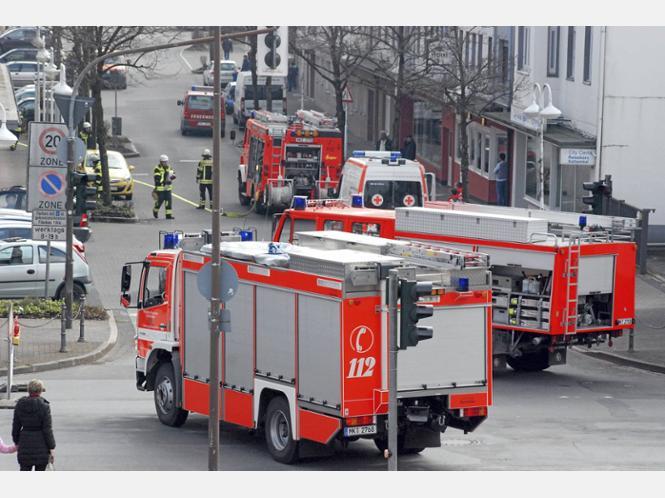 Schon kurz nach Eintreffen der Wehrleute an der Bahnhofstraße konnte Fehlalarm vermeldet werden.