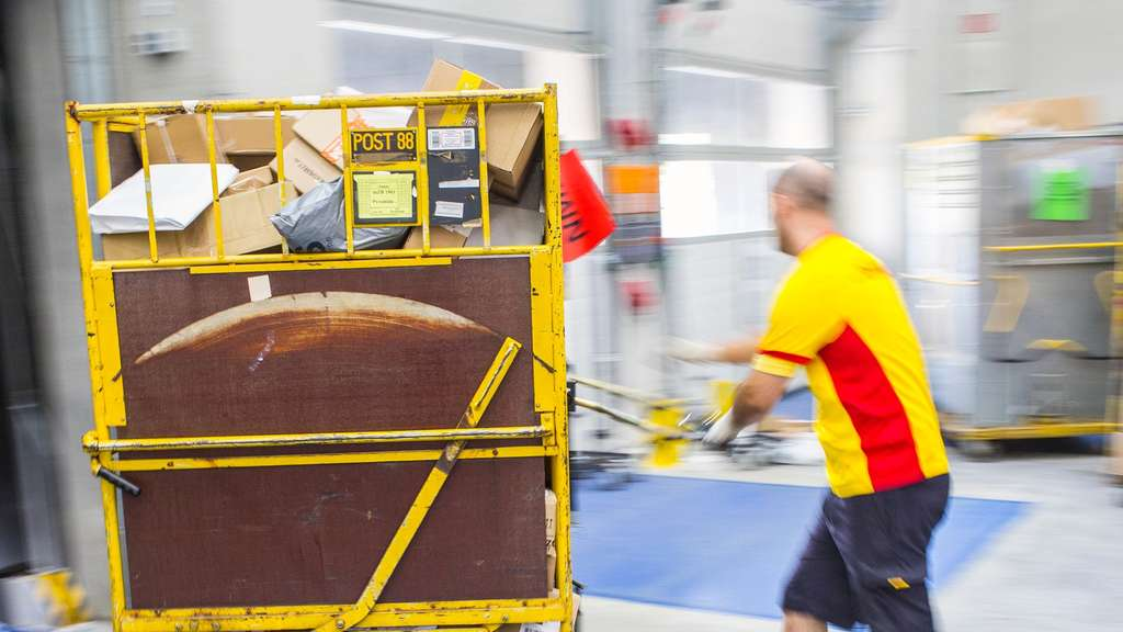 Deutsche Post, DHL