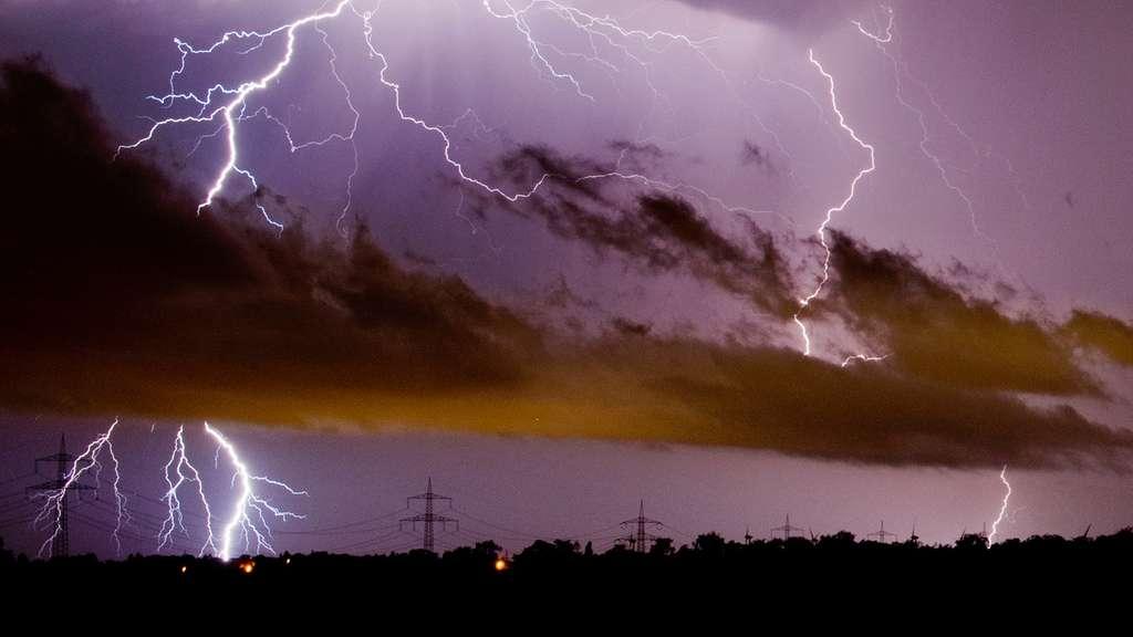 Deutscher Wetterdienst warnt vor starken Gewittern in Hamm