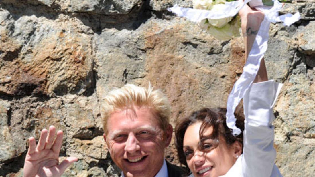Glückliche Gesichter nach der standesamtlichen Trauung: Jetzt ist Lilly offiziell Frau Becker.