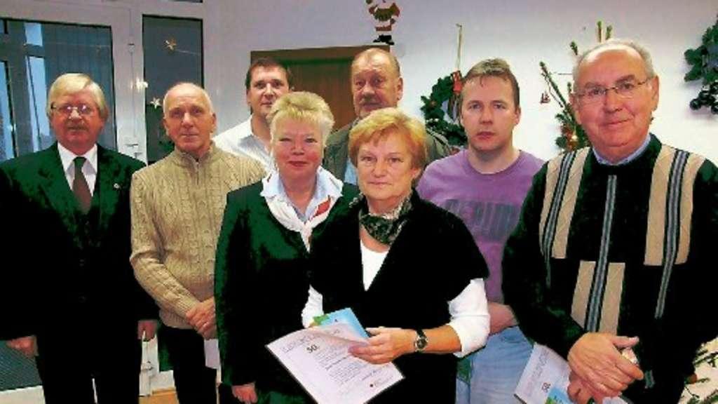 Schalksm hler ortsverein des drk ehrt jubil ums for Christiane reinecke