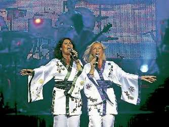 "Fast wie das Original: ""Abba – The Show"" in Dortmund"