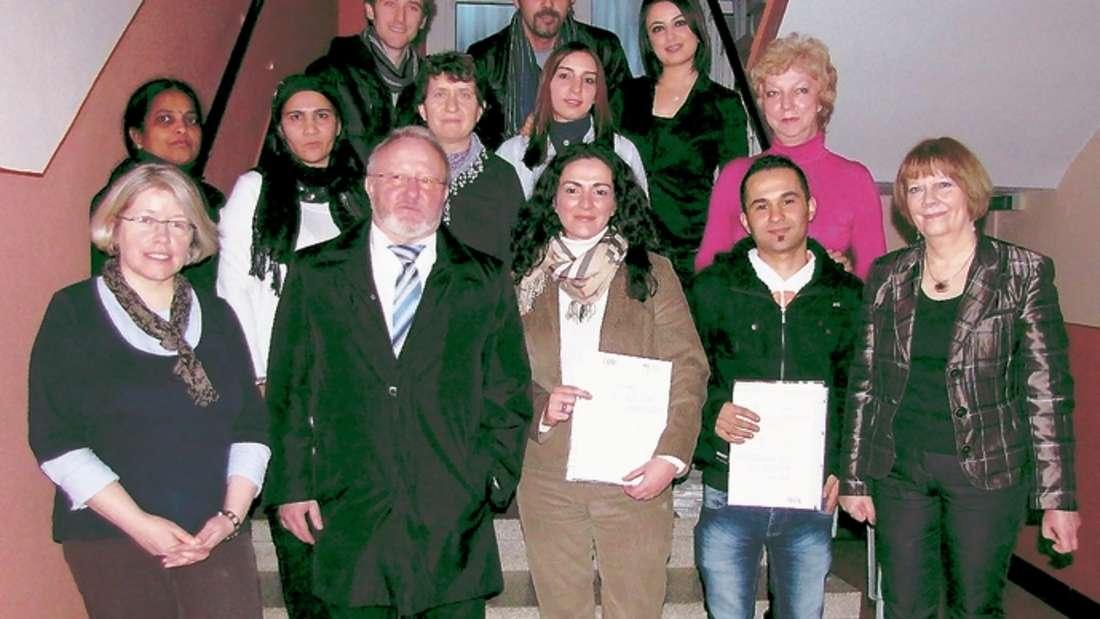 Auch der Werdohler Bürgermeister Griebsch gratulierte den Teilnehmern des Integrationskurses. ▪