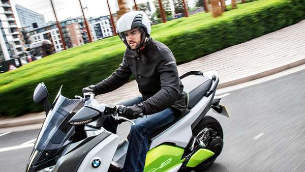 Der BMW-Elektroroller C evolution