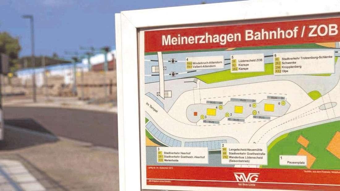 Wer mit öffentlichen Verkehrsmitteln nach Lüdenscheid fahren möchte, ist auf den Linienbus angewiesen. - Foto: Beil