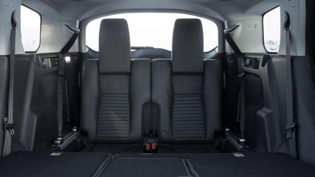 Der Geländewagen hat eine optionale dritte Sitzreihe und eine verschiebbare Bank in der zweiten Reihe. Foto: Land Rover