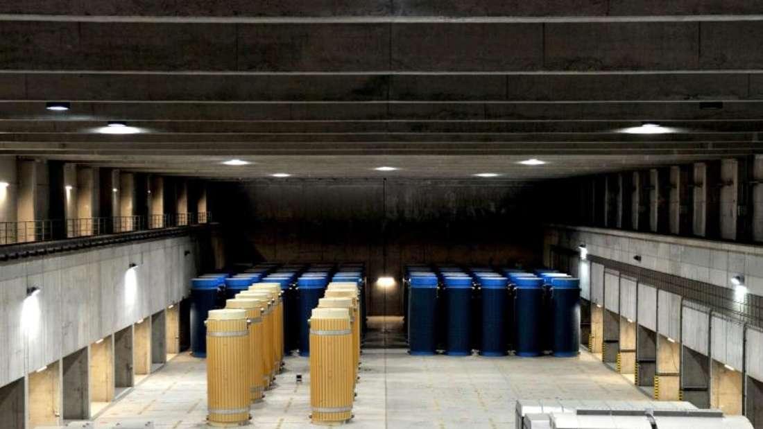 Behälter mit hoch radioaktiven Material im atomaren Zwischenlager in Gorleben. Foto: Jochen Lübke