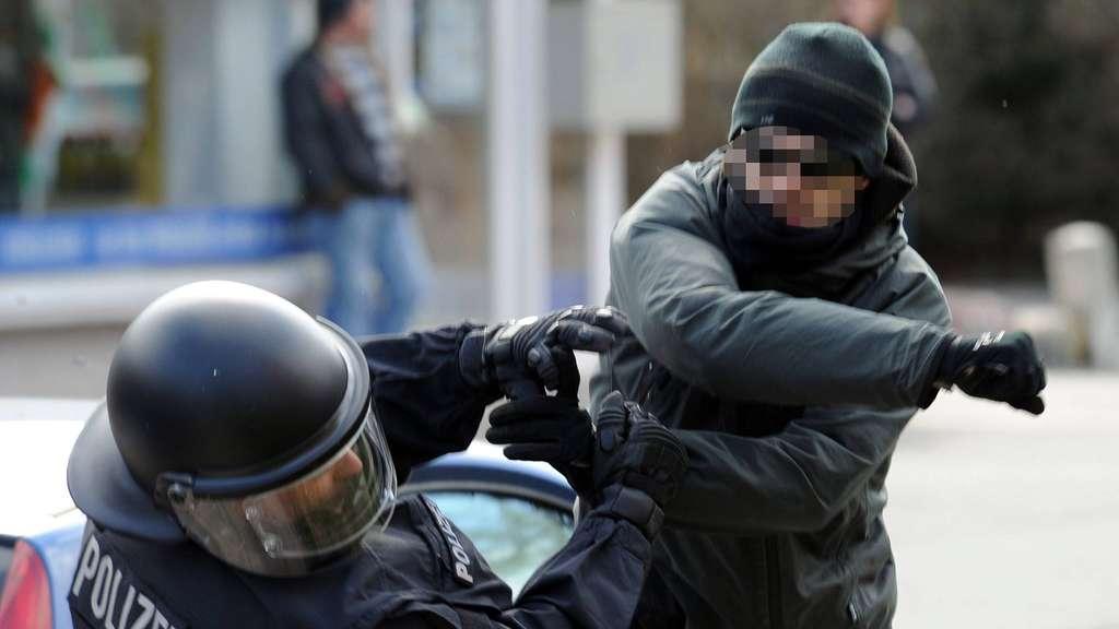 Widerstand Gegen Vollstreckungsbeamte Kostet 2500 Euro Altena