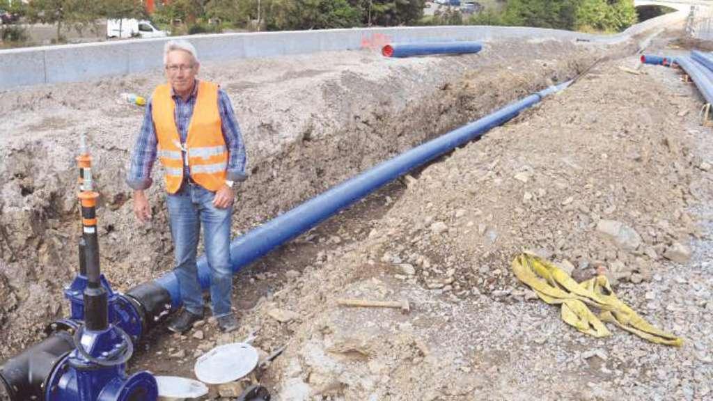 830 Meter neue Wasserleitung | Halver