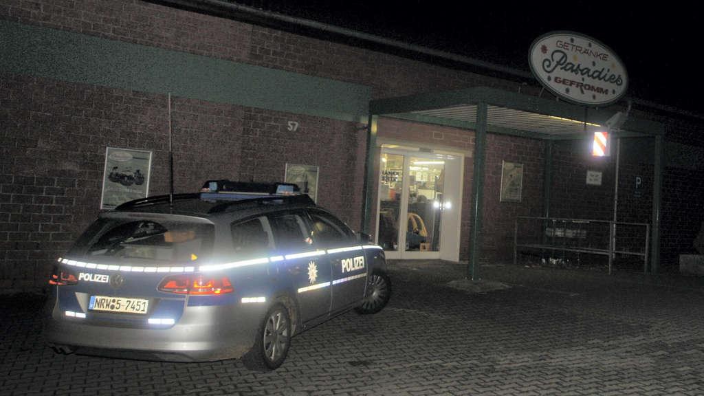 Überfall auf Getränkemarkt in Nachrodt / Polizei leitet ...