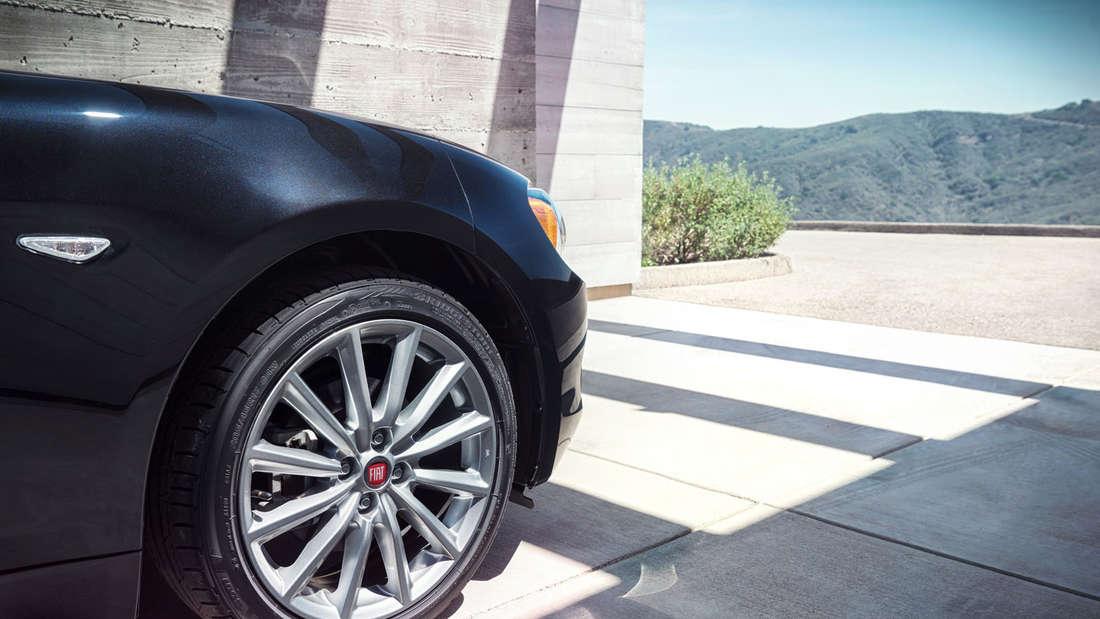 Fiat 124 Spider: Der kompakte Roadster feiert Premiere auf der Auto Show in Los Angeles (20. bis 29. November).