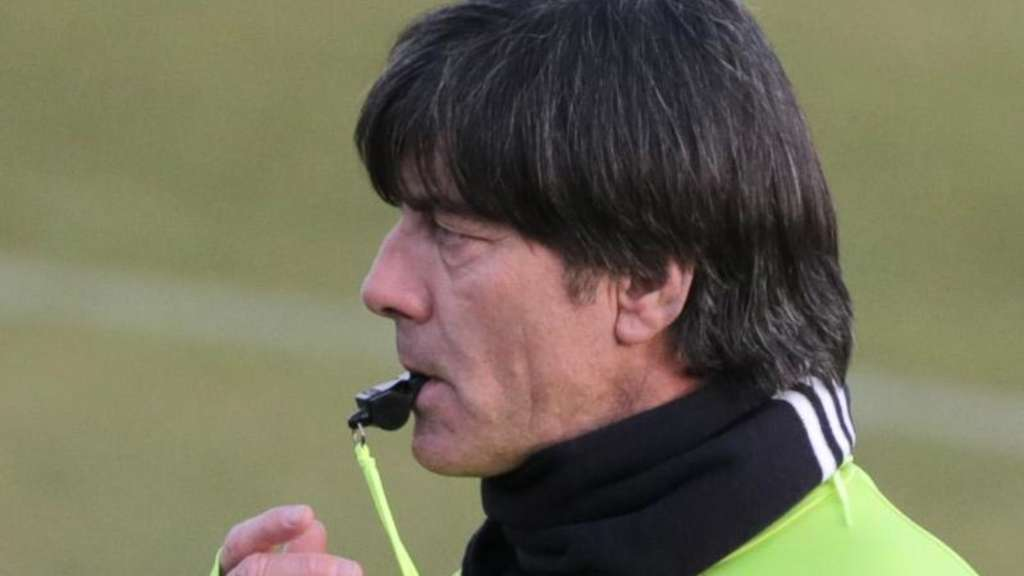 Bundestrainer Joachim Löw beim Training in Berlin. Foto: Christian Charisius