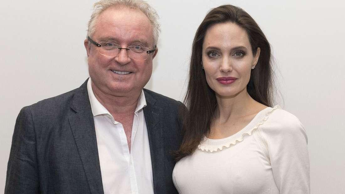 Angelina Jolie mit Dierk Sindermann.