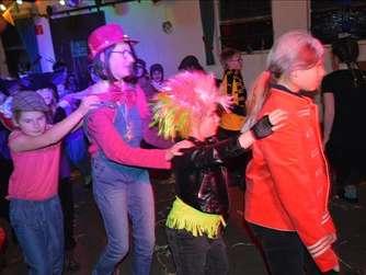 618ae0e869 Spontan organisierter Kinderkarneval Affeln