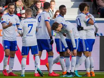Schalke landet Big Point in Leverkusen