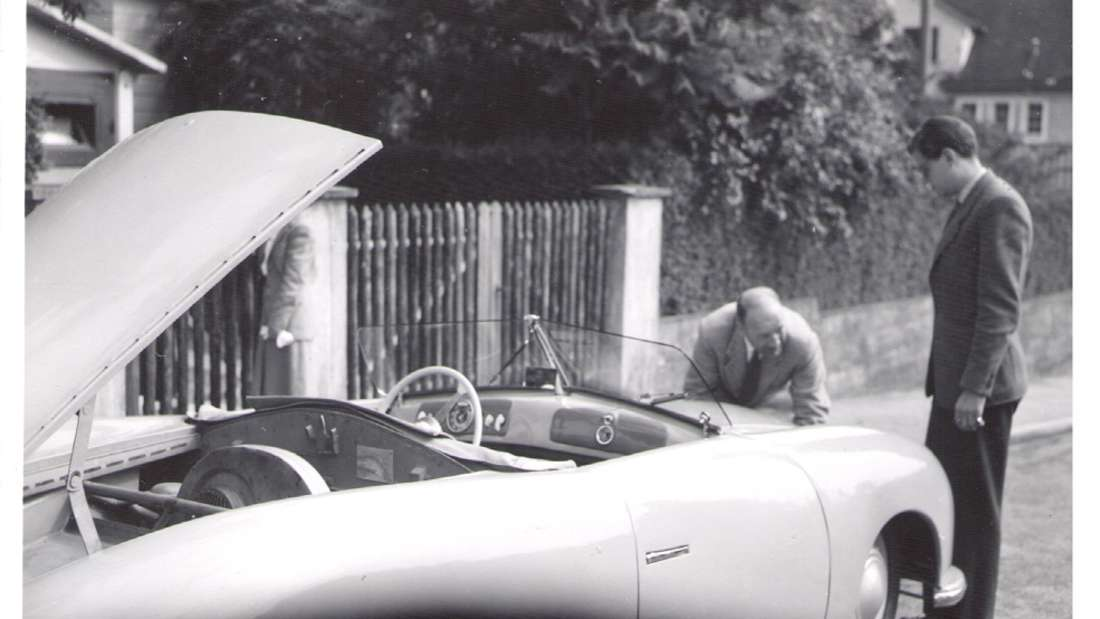 """Beim """"Einser"""", konstruiert von Ferry Porsche persönlich, handelt es sich um einen waschechten Prototypen für die Straße."""