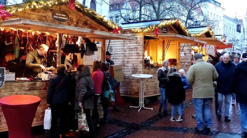 Weihnachtsmarkt Noch Geöffnet.Befindet Sich Der Schönste Weihnachtsmarkt Des Sauerlands In Der
