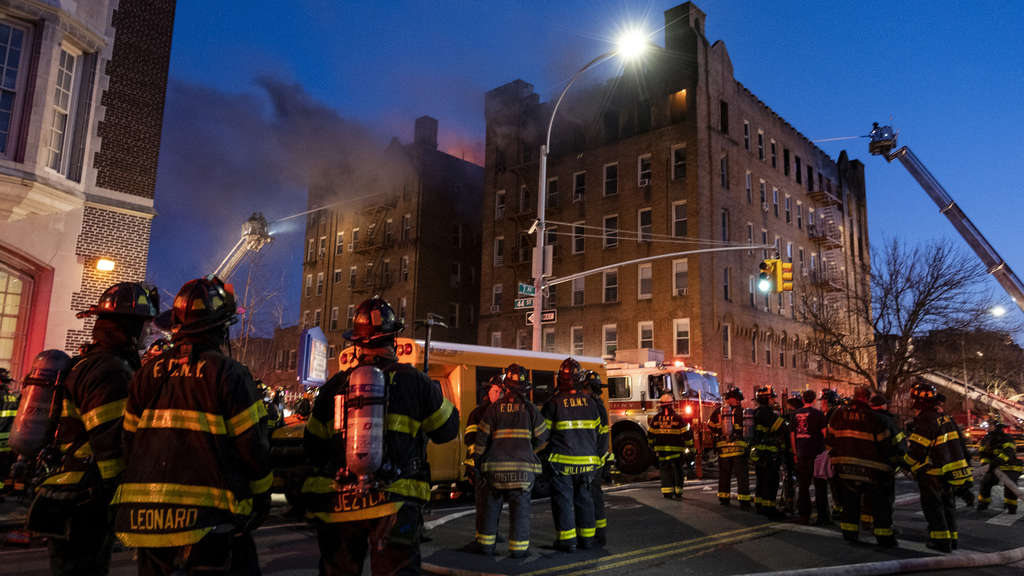 Wohnhausbrand in Brooklyn