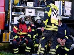 Feuer auf Bauernhof in Halver: Großer Einsatz der Feuerwehr
