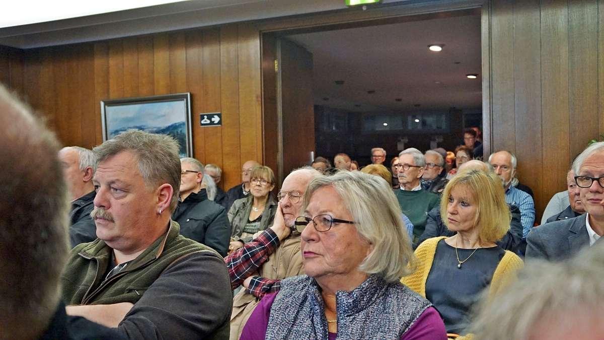 80 Interessierte folgen UWG-Einladung zum Thema Straßenausbaugebühr | Meinerzhagen - Meinerzhagener Zeitung