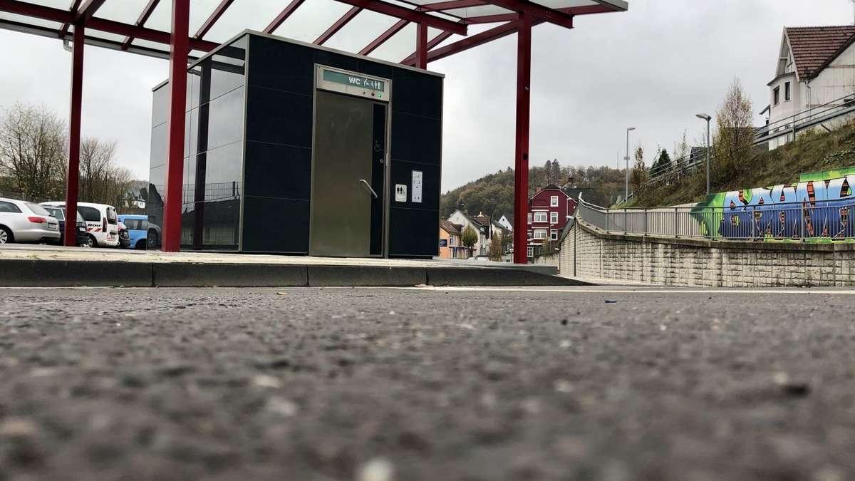 Stadt Kierspe zahlt 10000 Euro pro Jahr für Wartung und Reinigung der Toilettenanlage am Busbahnhof | Kierspe - come-on.de