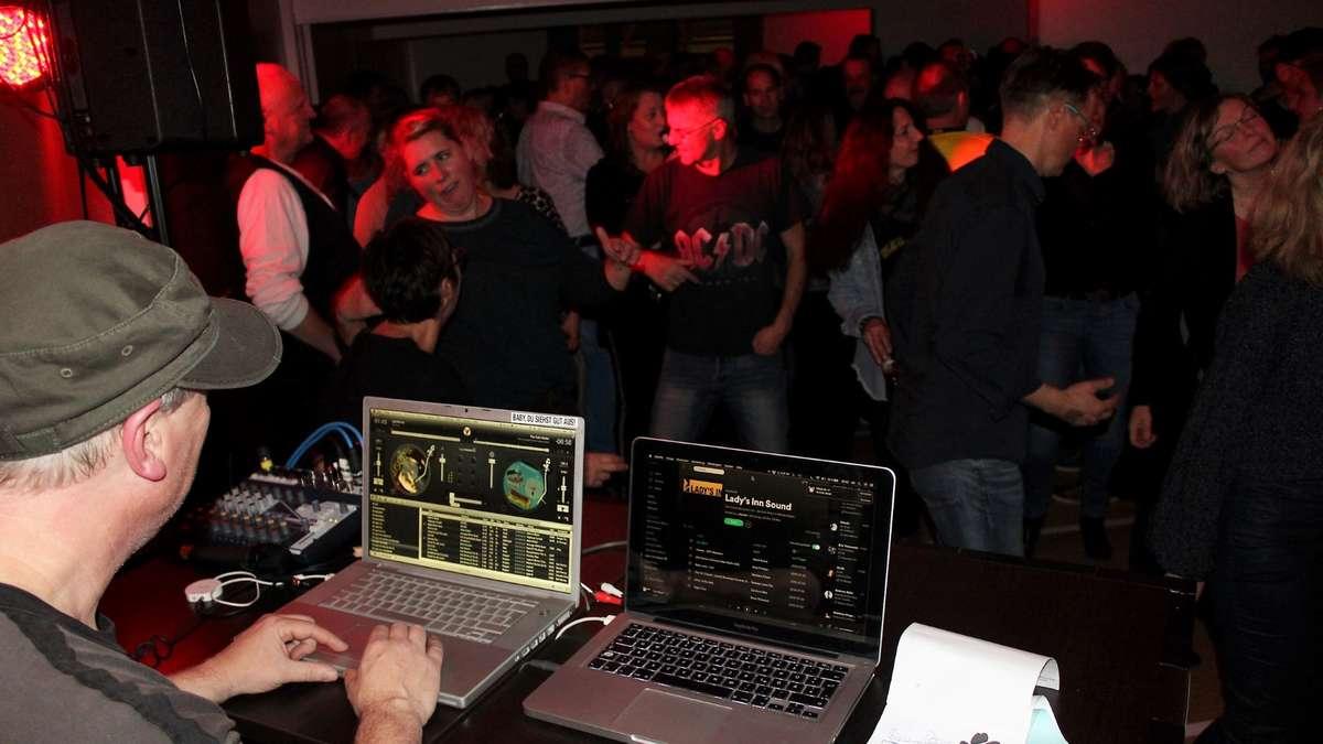 Revival-Party und Erinnerungen ans Lady's Inn in Meinerzhagen | Meinerzhagen - Meinerzhagener Zeitung