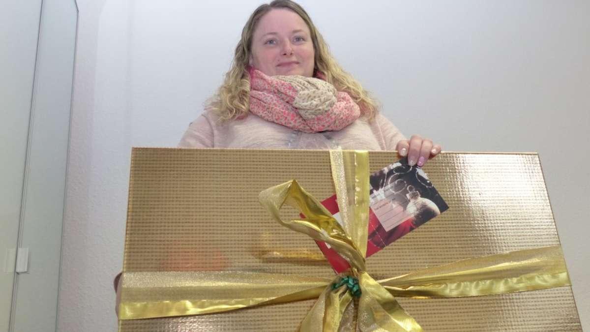 Wunschbaum: Geschenke für bedürftige Kinder | Meinerzhagen - Meinerzhagener Zeitung