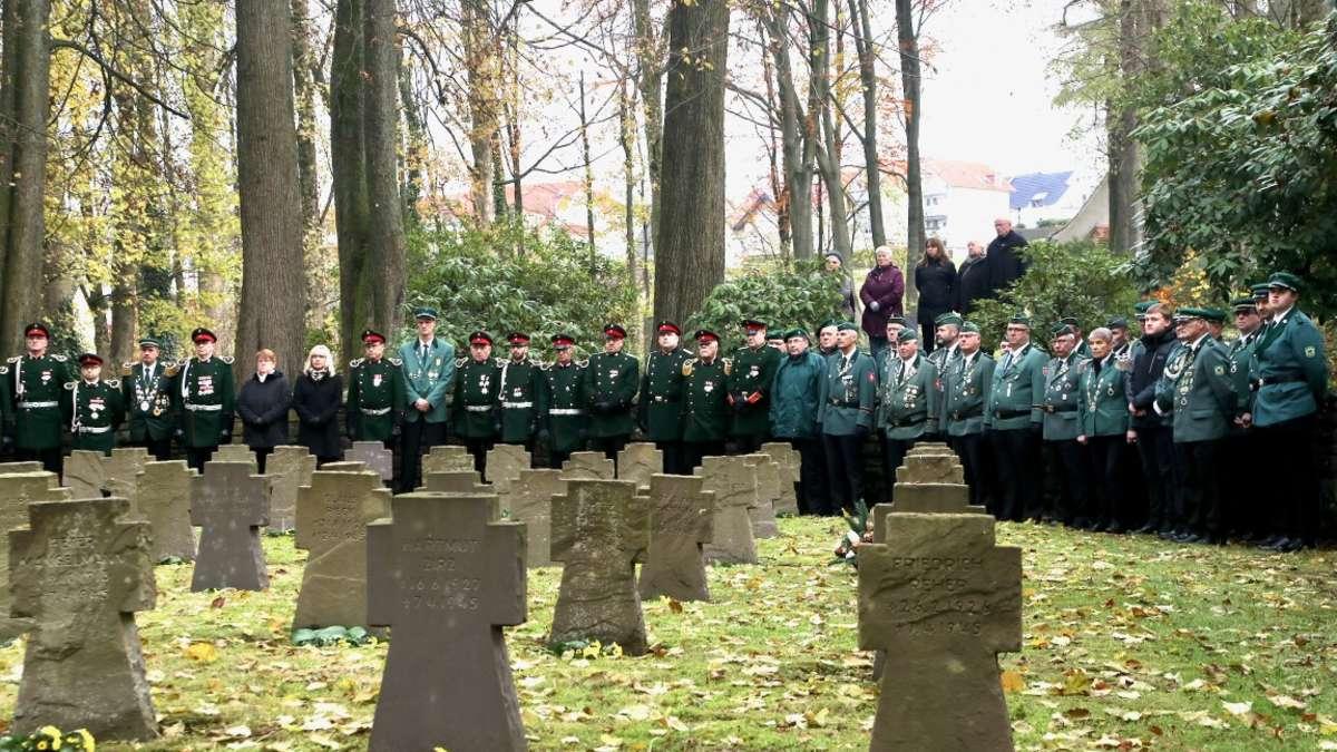 Gedenken an Opfer von Krieg und Gewalt in Kierspe | Kierspe - come-on.de