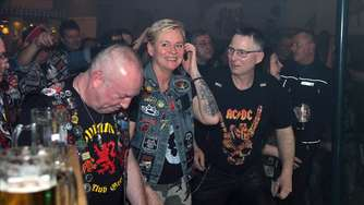 9. AC/DC Dynamite Fan Club Party, Brauhaus