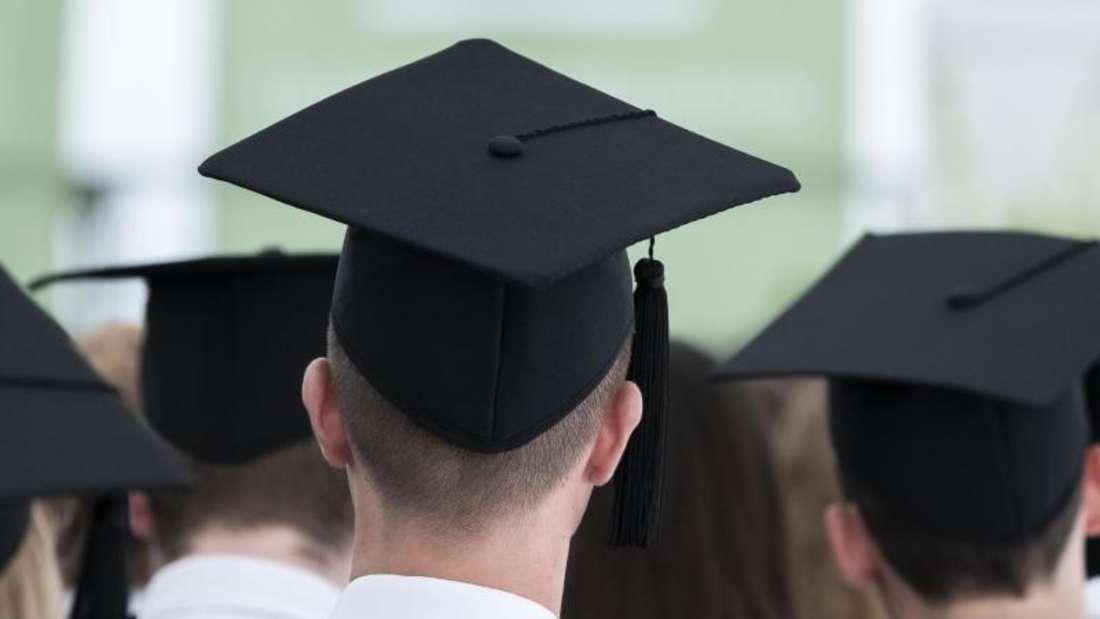 Das Studium an einer Privathochschule kann Studierende bis zu 16.000 Euro im Jahr kosten. Foto: Silas Stein/dpa
