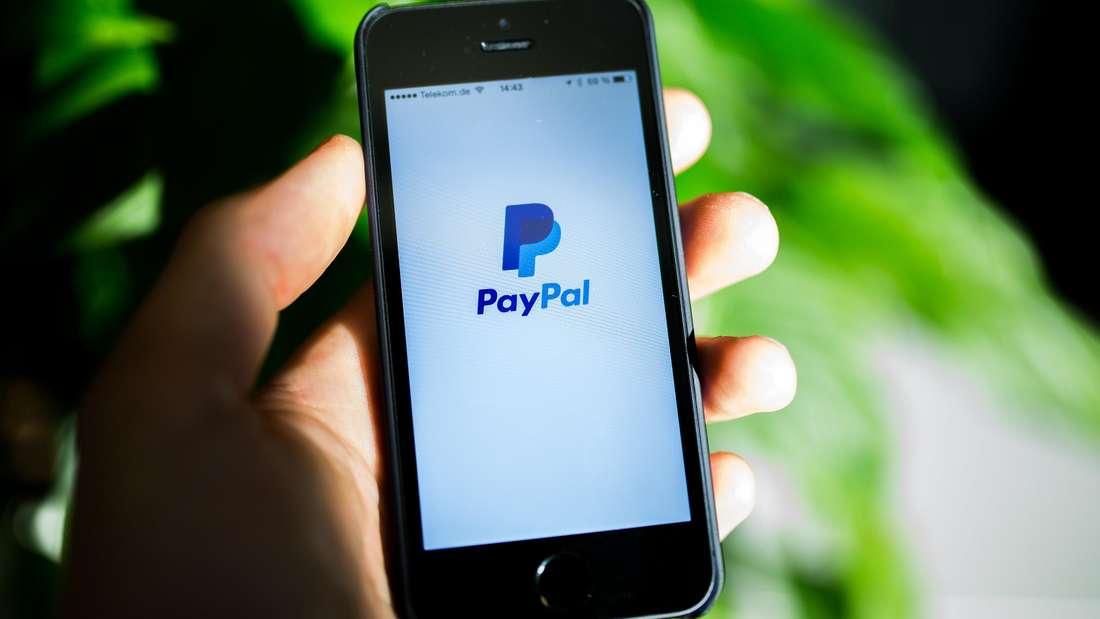 Die Polizei warnt vor PayPal-Betrügern, die ihre Opfer auf Ebay-Kleinanzeigen erreichen.