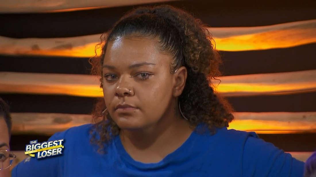 The Biggest Loser: Chanté schaut wütend und hat Tränen in den Augen