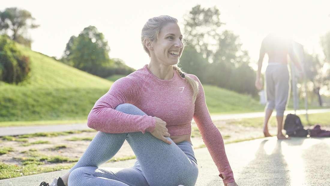Sie fühlen sich richtig fit? Auch der weibliche Zyklus hat Einfluss auf die körperliche Leistungsfähigkeit.