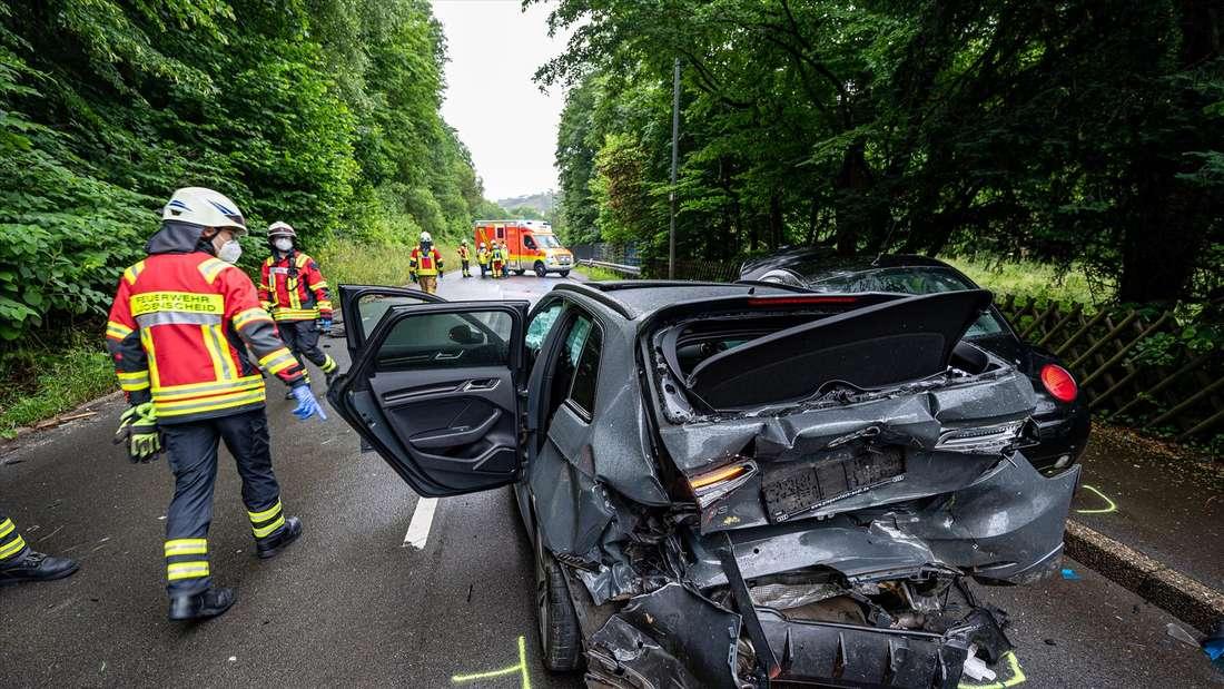 Schwerer Verkehrsunfall auf der Lösenbacher Landstraße