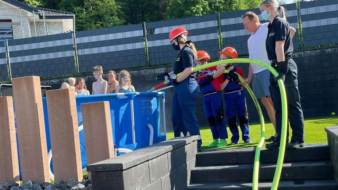 Kinder- und Jugendfeuerwehr Kierspe - Pool-Aktion
