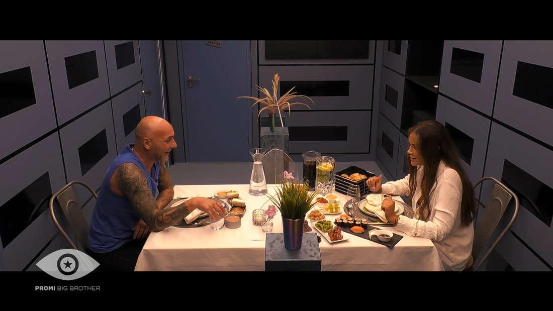 Janine Pink und Paco bei ihrem Date