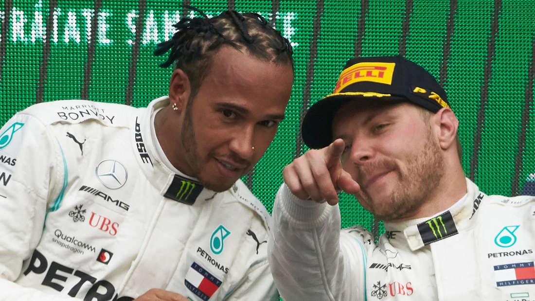 Bald nicht mehr zusammen bei Mercedes: Lewis Hamilton und Valtteri Bottas (r.).