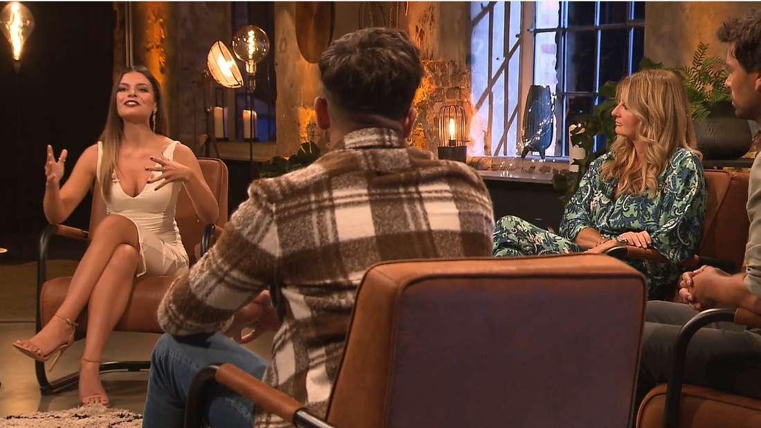 Maxime herbord, Frauke Ludowig und Julian Dannemann beim Bachelorette-Wiedersehen