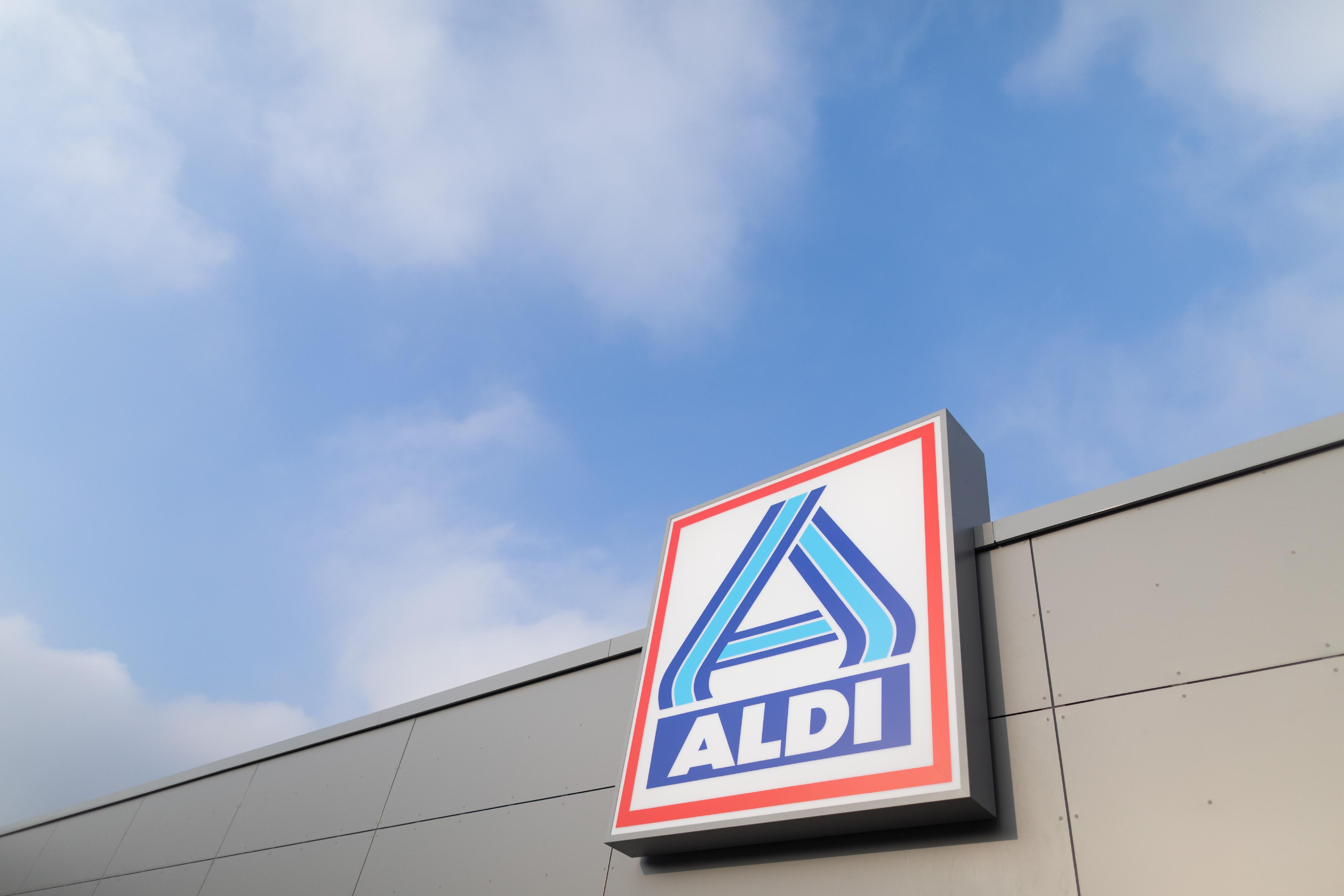 Aldi-Mitarbeiter kauft inkognito bei Aldi im MK ein - und beobachtet irre Szenen